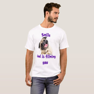 Camiseta O deus do sorriso está filmando-o