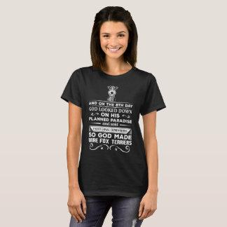 Camiseta O deus fez a terrier de Fox do fio companheiros
