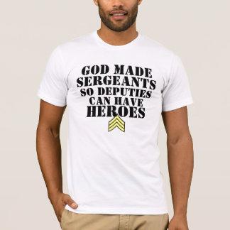 Camiseta O deus fez sargentos