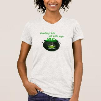 Camiseta O Dia das Bruxas engraçado   tudo é melhor com