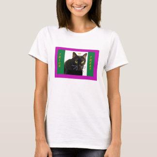 Camiseta O Dia das Bruxas moldou a doçura ou travessura