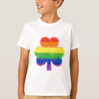 Camiseta O dia de St Patrick do trevo do arco-íris