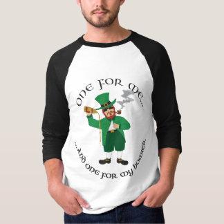 Camiseta O dia de St Patrick - Leprechaun de Gangsta
