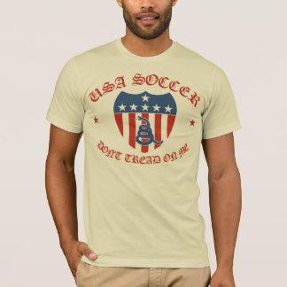 Camiseta O futebol dos EUA não pisa em mim o t-shirt