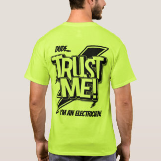 Camiseta O gajo confia que eu mim é um eletricista