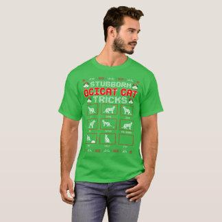 Camiseta O gato teimoso de Ocicat engana a camisola feia do