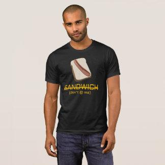 Camiseta O grande debate do cachorro quente - ESTABELECIDO