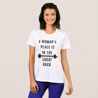 Camiseta O lugar de uma mulher está na cremalheira da ocupa