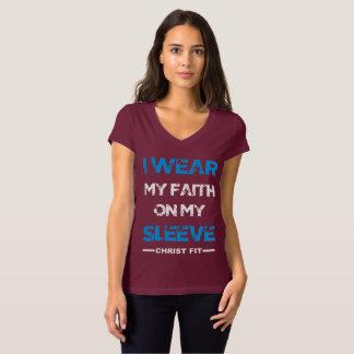 Camiseta O marrom das senhoras eu visto minha fé em meu