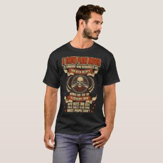 Camiseta O motorista do arado de neve reconhece seu deus