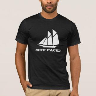 Camiseta O navio enfrentou o cruzamento do barco de