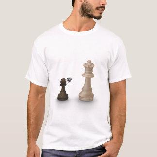 Camiseta O penhor toma a rainha