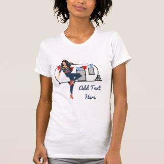 Camiseta O pinup branco retro do vintage do lixo do reboque