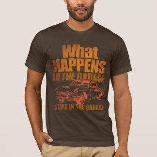 Camiseta O que acontece nas estadas da garagem na garagem