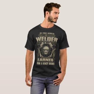 Camiseta O soldador do título não ganhado do grau