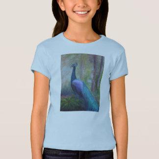 Camiseta O T da menina do pavão