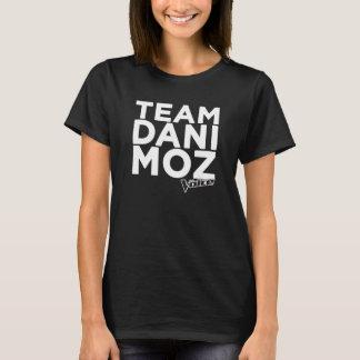 Camiseta O T das mulheres de Dani Moz da equipe - preto