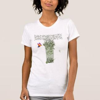 Camiseta O T das mulheres dos pensamentos do detalhe