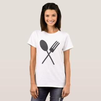 Camiseta O T das mulheres negras de Spork