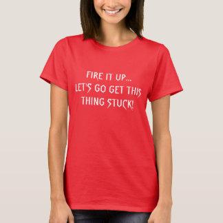 Camiseta O T de Ladie deixou-nos obter colados!