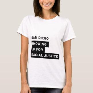 Camiseta O T de mulheres brancas de SURJ San Diego