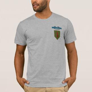 Camiseta ø T do crachá de infantaria de combate da divisão