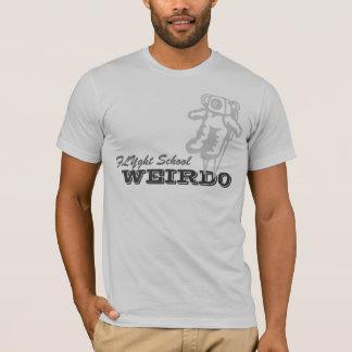 Camiseta O T do esquisito