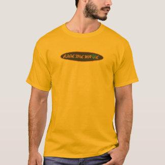 Camiseta O T o passeio dos homens da onda