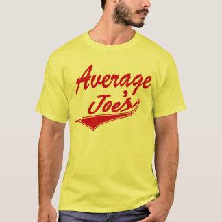 Camiseta O t-shirt amarelo de Joe médio