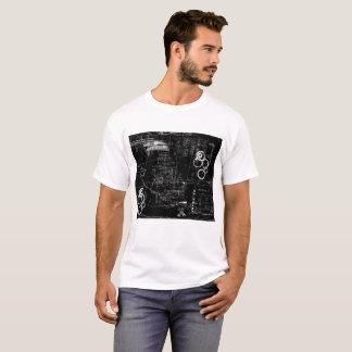 Camiseta O t-shirt básico dos homens preto e branco do