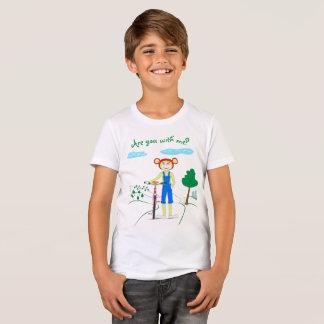 Camiseta O t-shirt das crianças para um menino com um teste