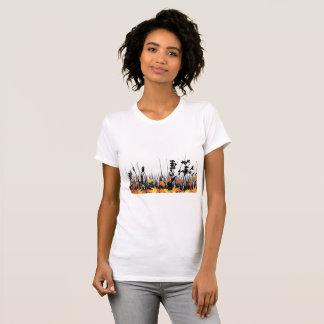 Camiseta O t-shirt das mulheres da grama do outono