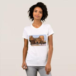 Camiseta O t-shirt das mulheres do castelo de Roma