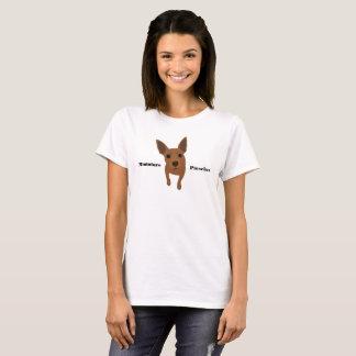 Camiseta O t-shirt das mulheres vermelhas do Pinscher