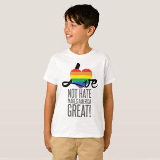 Camiseta O t-shirt do menino do ódio do amor não