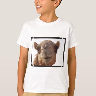 Camiseta O t-shirt do miúdo do camelo