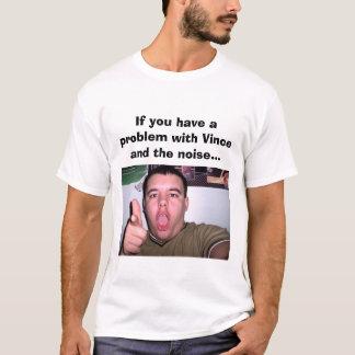 Camiseta O t-shirt do RUÍDO