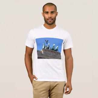 Camiseta O t-shirt dos homens com porta de Brandemburgo