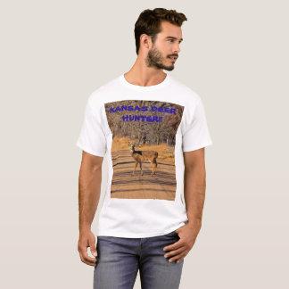 Camiseta O t-shirt dos homens do caçador dos cervos de