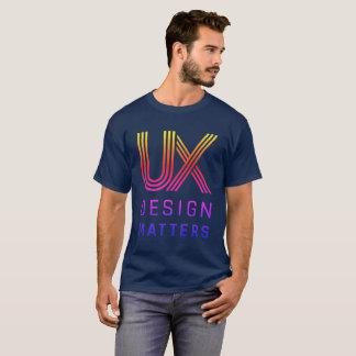 Camiseta O t-shirt dos homens do logotipo do arco-íris das