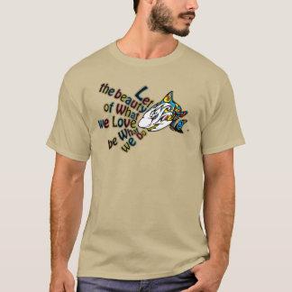 Camiseta O t-shirt dos homens do tubarão da armadura com