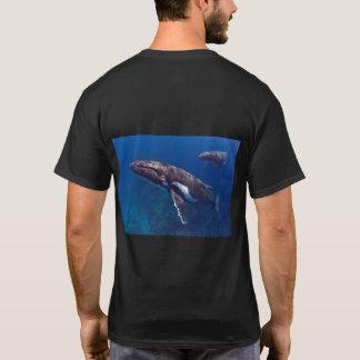 Camiseta O t-shirt dos homens em tandem da baleia de