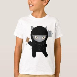 Camiseta o t-shirt dos miúdos do gatinho do ninja