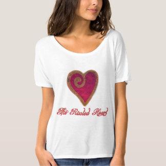 Camiseta O t-shirt oxidado do coração