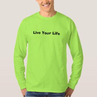 Camiseta O t-shirt verde dos homens da segurança vive sua
