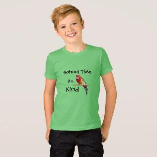 Camiseta O tempo da escola, seja passarinho amável