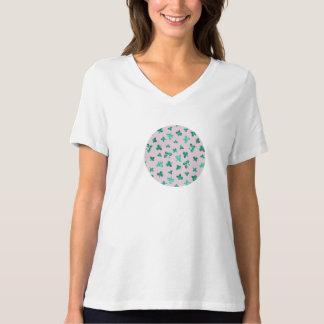 Camiseta O trevo sae do t-shirt apto relaxado do V-Pescoço