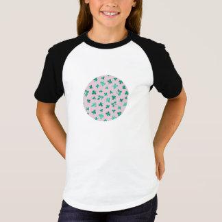 Camiseta O trevo sae do t-shirt curto do Raglan da luva das