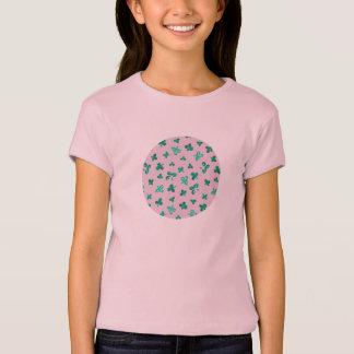 Camiseta O trevo sae do t-shirt da boneca das meninas