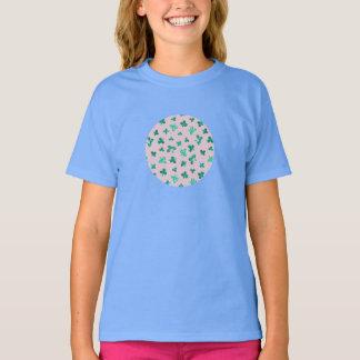 Camiseta O trevo sae do t-shirt das meninas